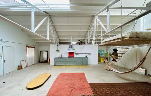Ovaj atelje je i moderna kancelarija i poligon za zabavu (FOTO)