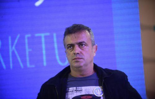 Sergeju Trifunoviću pozlilo na sceni, predstava prekinuta