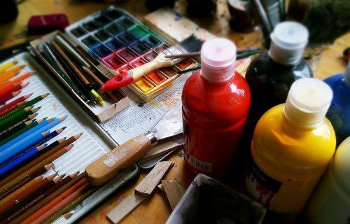 Inicijativa #umetniciprotivkorone: Umetnost je lek za dušu