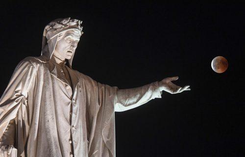 """Božanstvena komedija"" širom sveta: Onlajn obeležavanje dana Dantea Aligijerija (FOTO)"