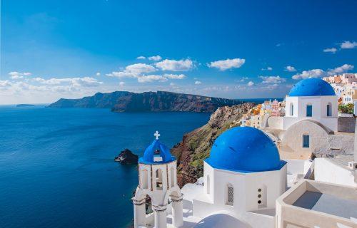 Ako i budemo putovali ovog leta, sve će biti mnogo DRUGAČIJE! Evo šta kaže grčki ministar turizma
