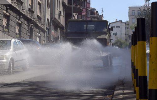 Ruski vojni stručnjaci dezinfikuju i u Beogradu (FOTO)