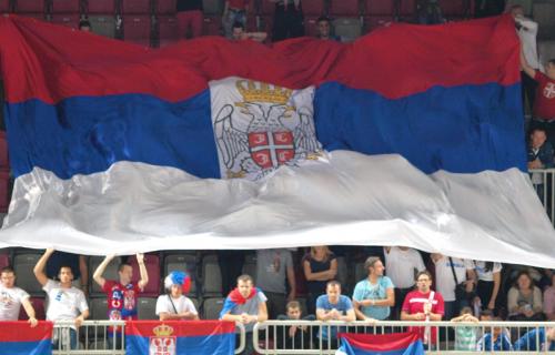 """Ne daju ih: """"Srpska mafija ostaje sa nama!"""" (FOTO)"""