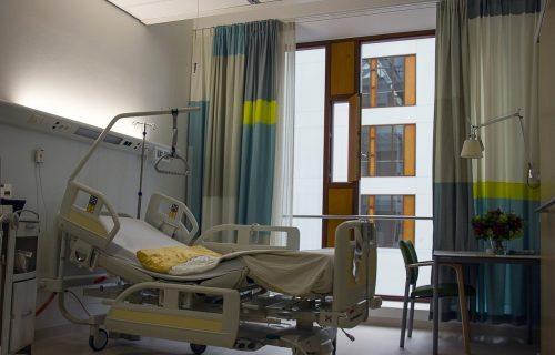 U kovid objektima KC Niš hospitalizovano 358 pacijenata: Među obolelim ima i dece