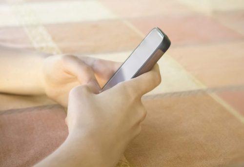 Kako najbolje uticati na svoje DETE da smanji vreme koje provodi na TELEFONU i za računarom?