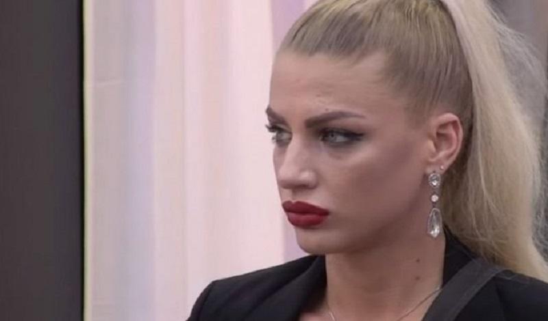 Milica Kemez OPERISANA: Celo lice bivše zadrugarke u flasterima!