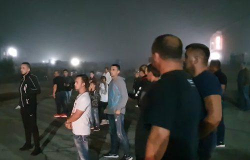 Drama u BiH zbog migranata: Građani izašli na ulice, počele noćne patrole (VIDEO)