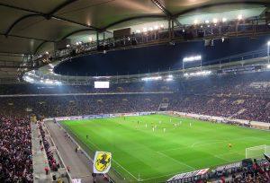 Publika može, ali alkohol ne može: Nemci vraćaju navijače na stadione, FINANSIJE SU PRELOMILE